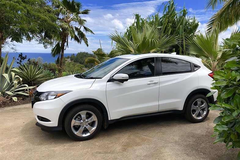 White Honda HR-V Crossover