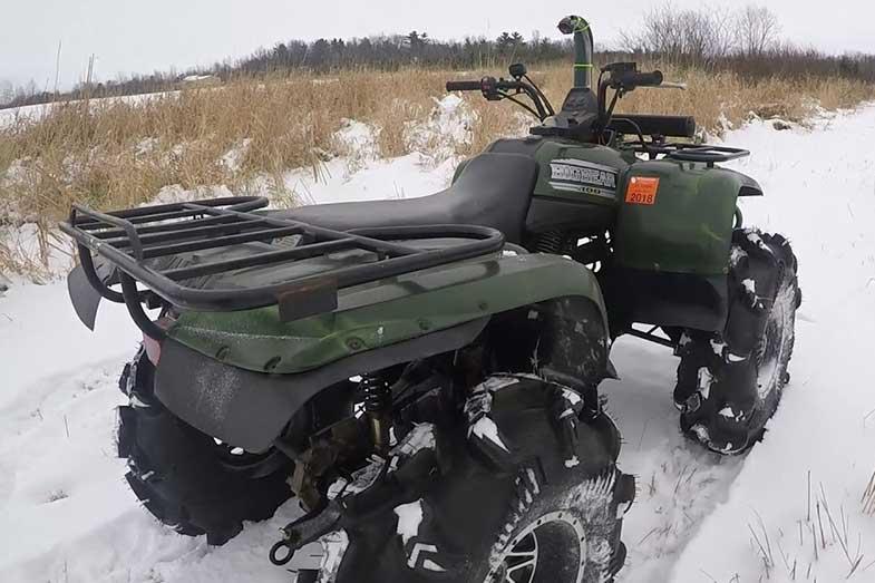 Yamaha Big Bear 400 in Snow