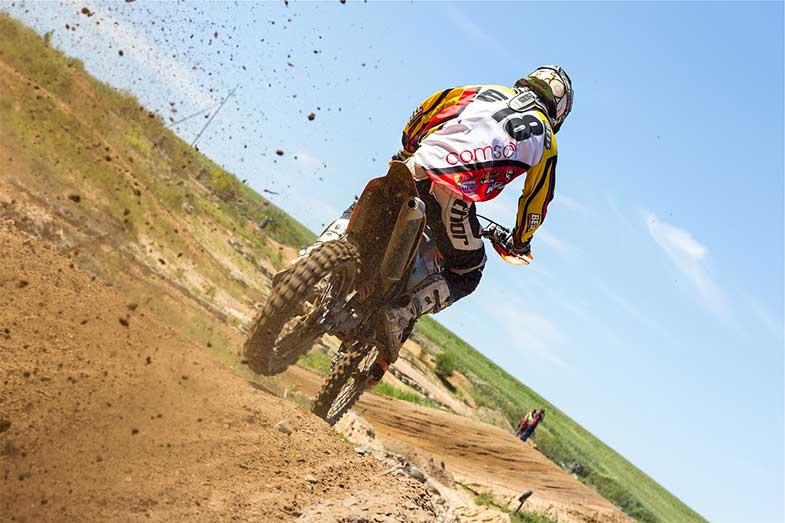 MX Dirt Bike Track Rider