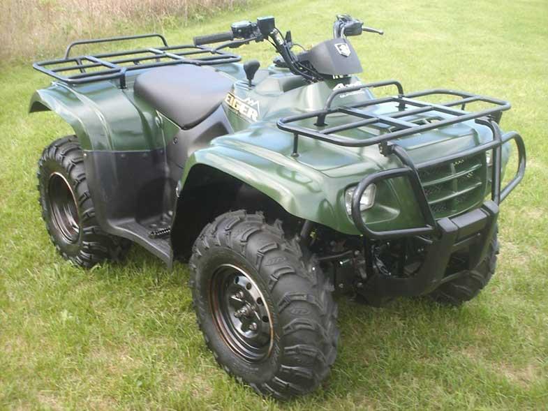 Green 2004 Suzuki Eiger 400 4x4 ATV