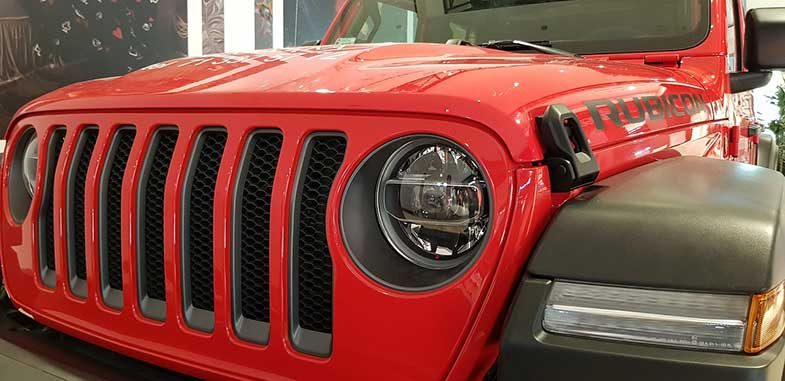 Shiny Red Jeep Wrangler Rubicon