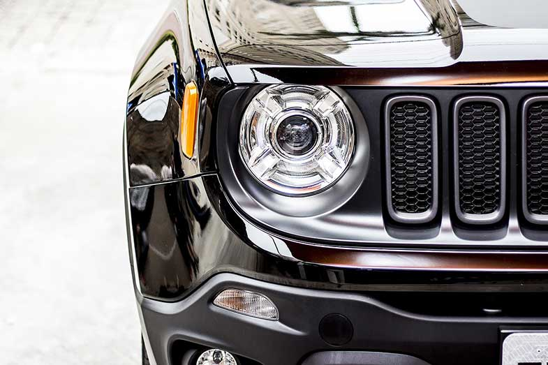 Black Jeep Renegade Car Headlight