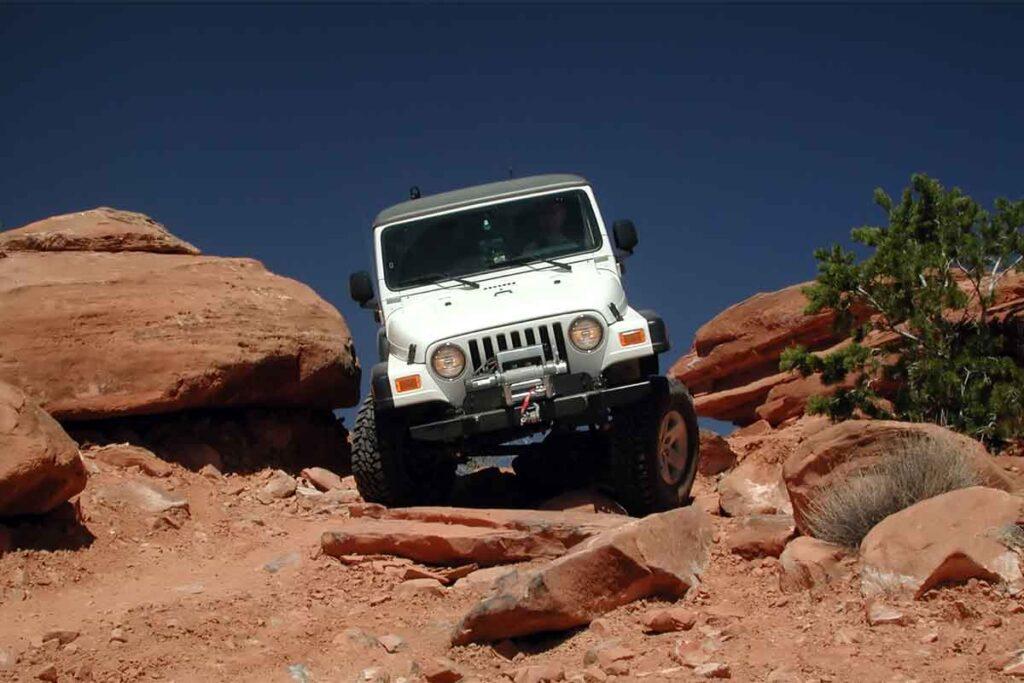 White Jeep Off-Road Utah Canyon